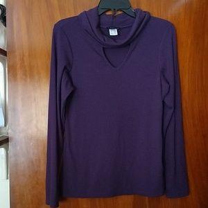 VENUS lightweight, turtleneck sweater w/keyhole